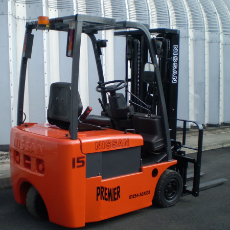 NISSAN NOIL15HQ ELECTRIC Fork Lift