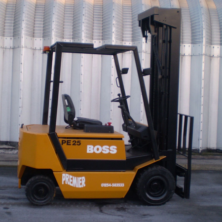 JUNGHENRICH PE25 ELECTRIC Fork Lift