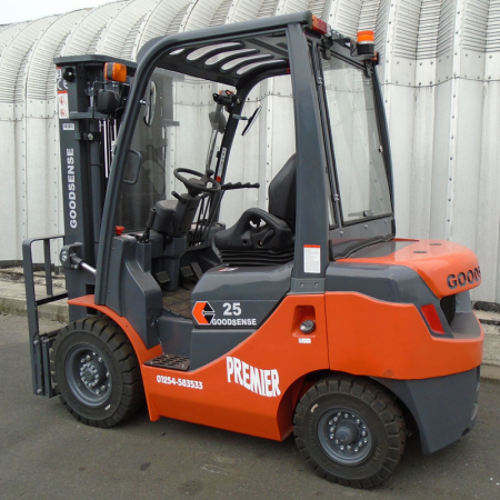 NEW GOODSENSE FD25 DIESEL Fork Lift