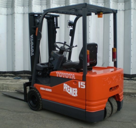 TOYOTA 5FBE15 ELECTRIC Fork Lift